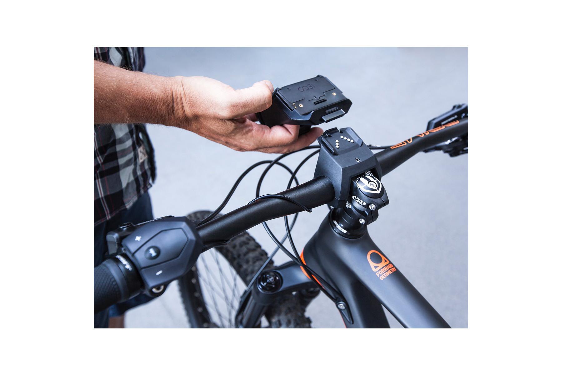 cobi sport smart fietssysteem voor bosch e bike 2e. Black Bedroom Furniture Sets. Home Design Ideas